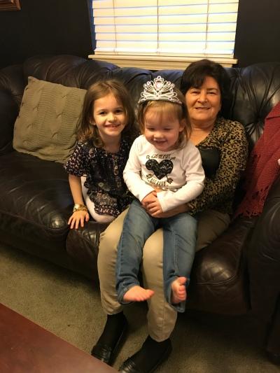 Thanksgiving Kids and Grandma Photo Opp